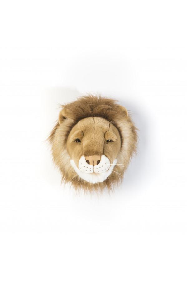 LION CESAR